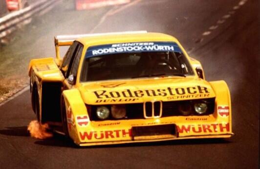 1979nur04_car.JPG
