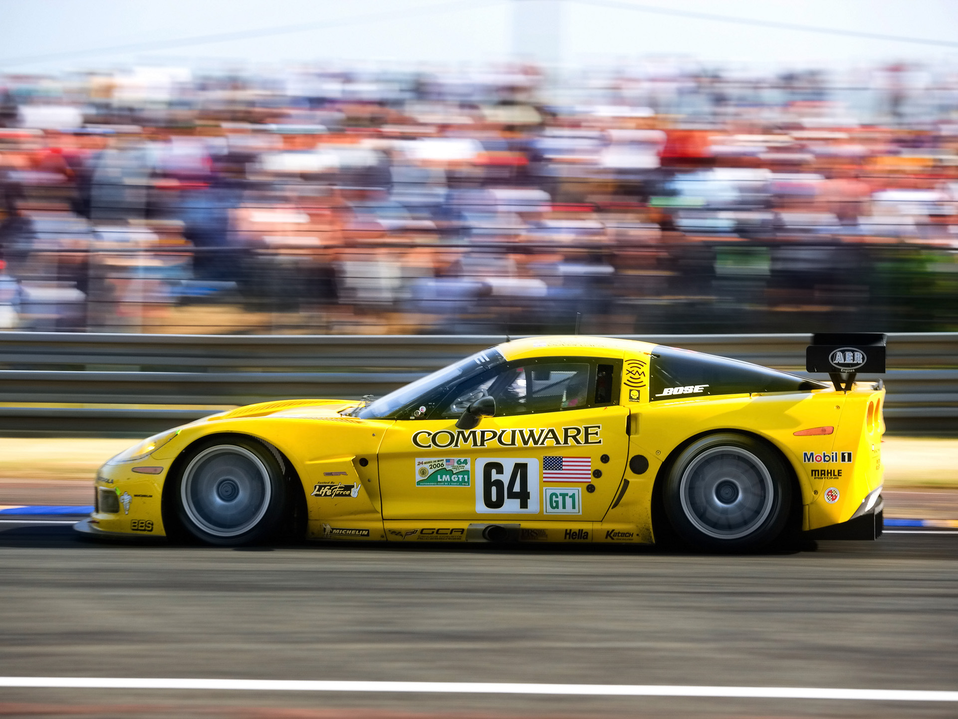 2006-Chevrolet-Corvette-at-Le-Mans-24-Hours.jpg