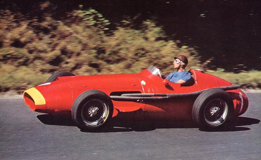 Fangio-driving-a-Maserati-250F-in-1957.jpg
