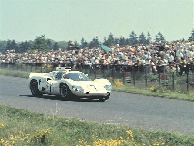 chaparral_nurburgring_1966.jpg