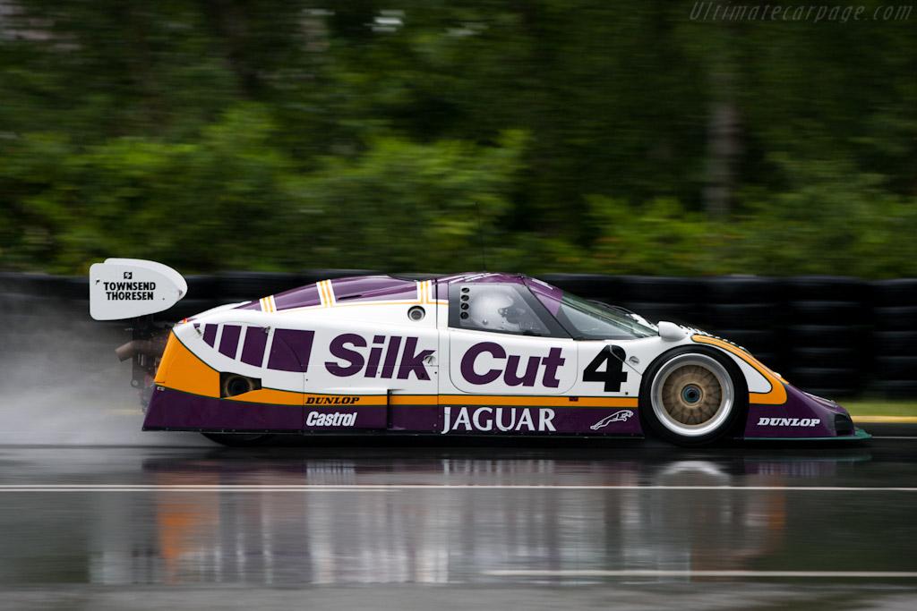 jaguar-xjr-8.jpg