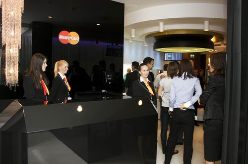 MasterCardLounge-2011-ferihegyirepuloter.network.hu.jpg