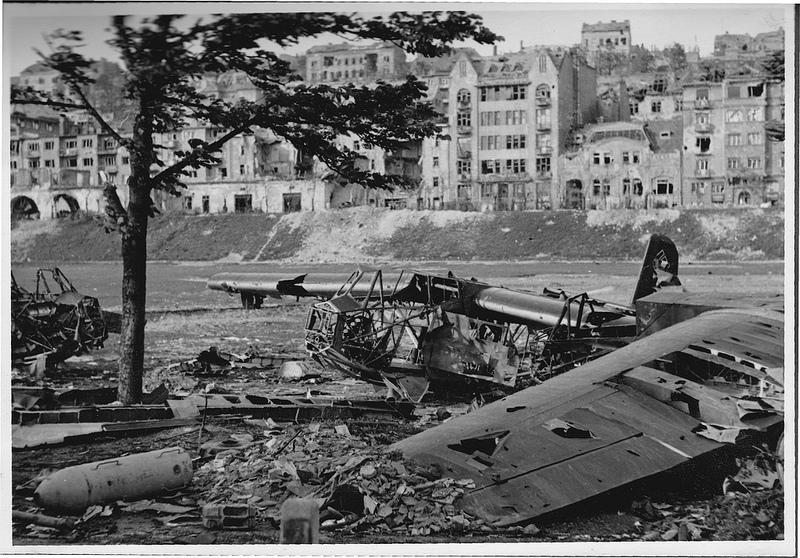 Vermezo-1945-01.jpg