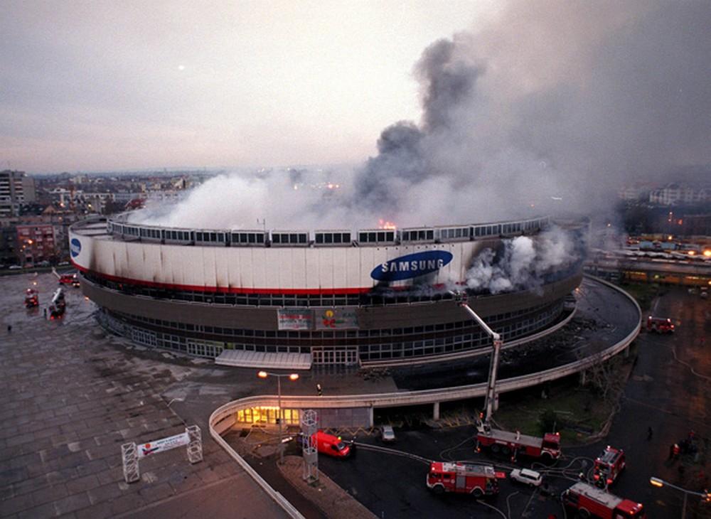 budapestsportcsarnok-19991215.jpg