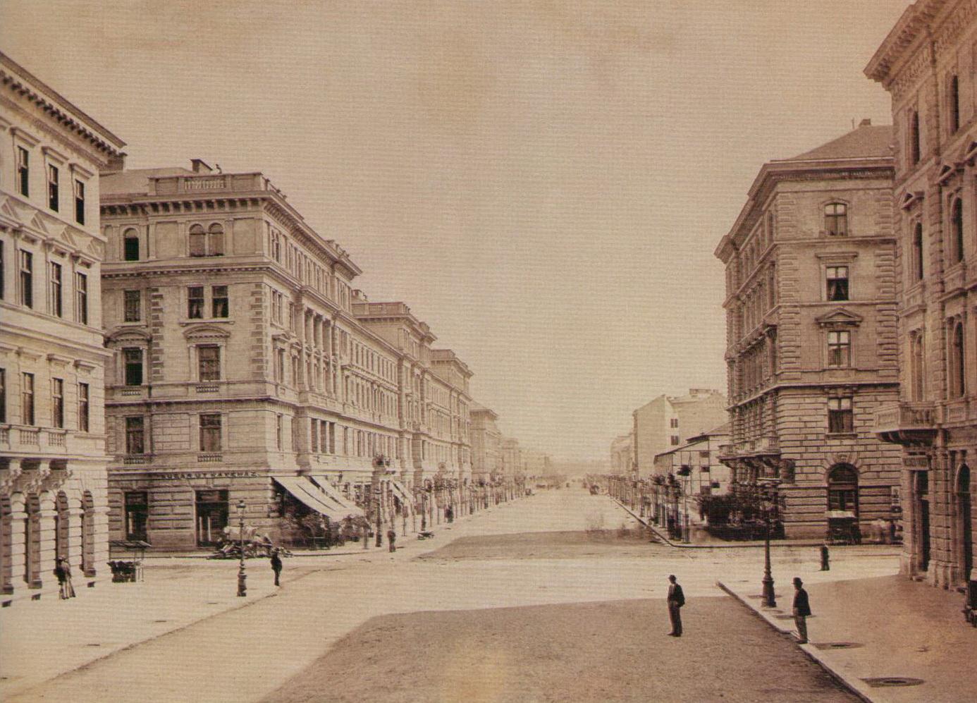 andrassyut-1877korul-kloszgyorgyfelvetele.jpg