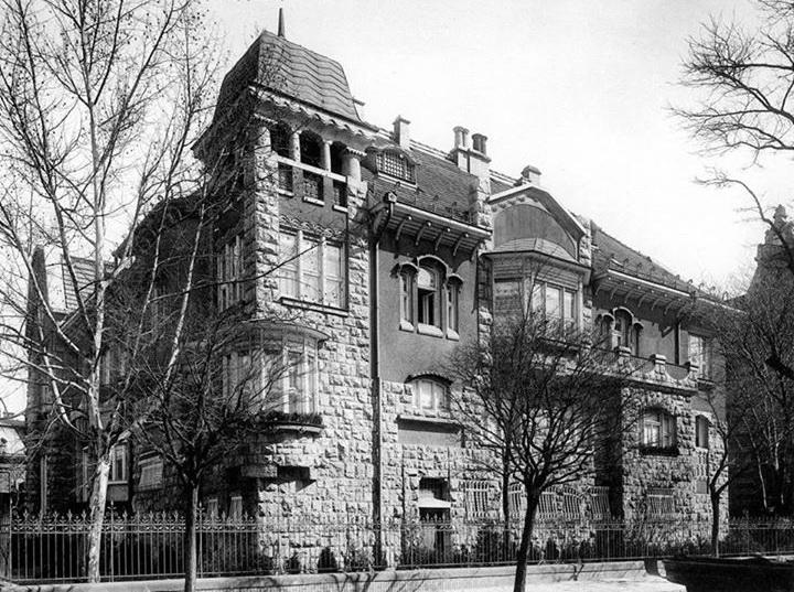 andrassyut101-schanzervilla-1910korul.jpg