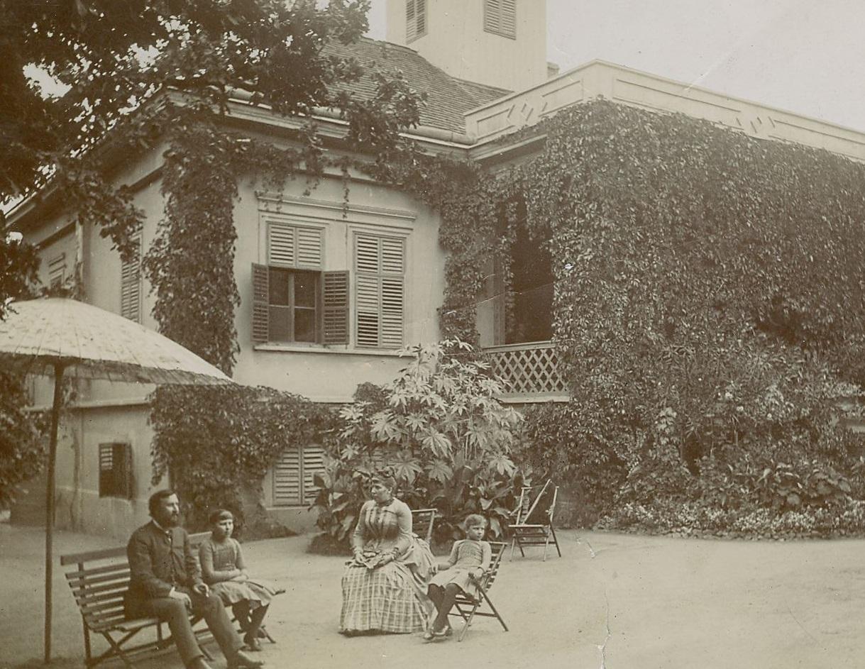 eotvosvilla-1890korul-pusztaszentlorinc.jpg
