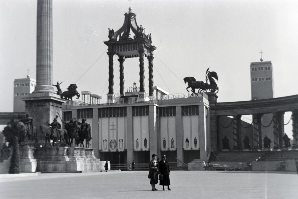 hosoktere-1938-eucharisztikusvilagkongresszus-fortepan_hu-148236.jpg