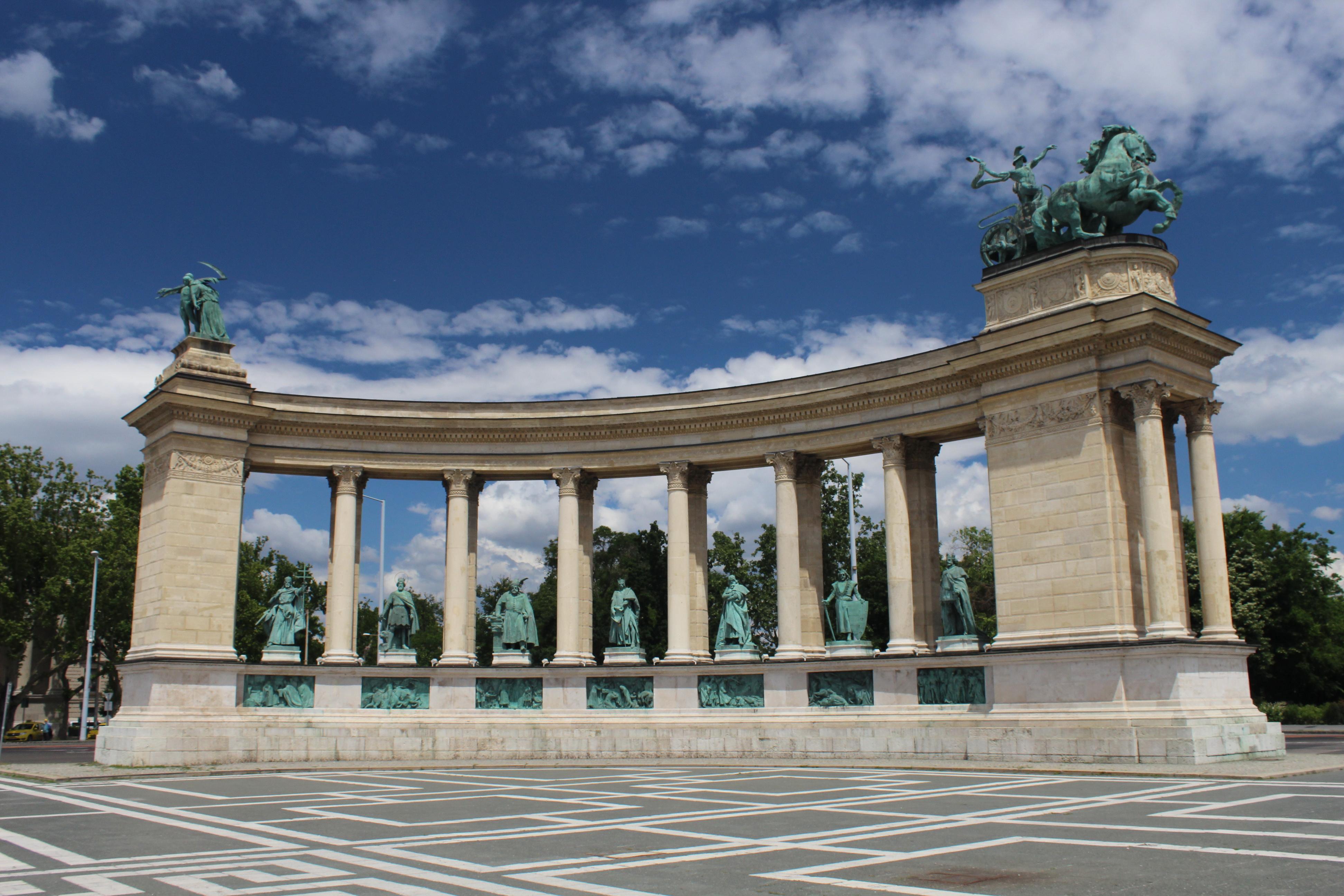 A szoborcsarnok északi oldala (kép: Fővárosi Blog)
