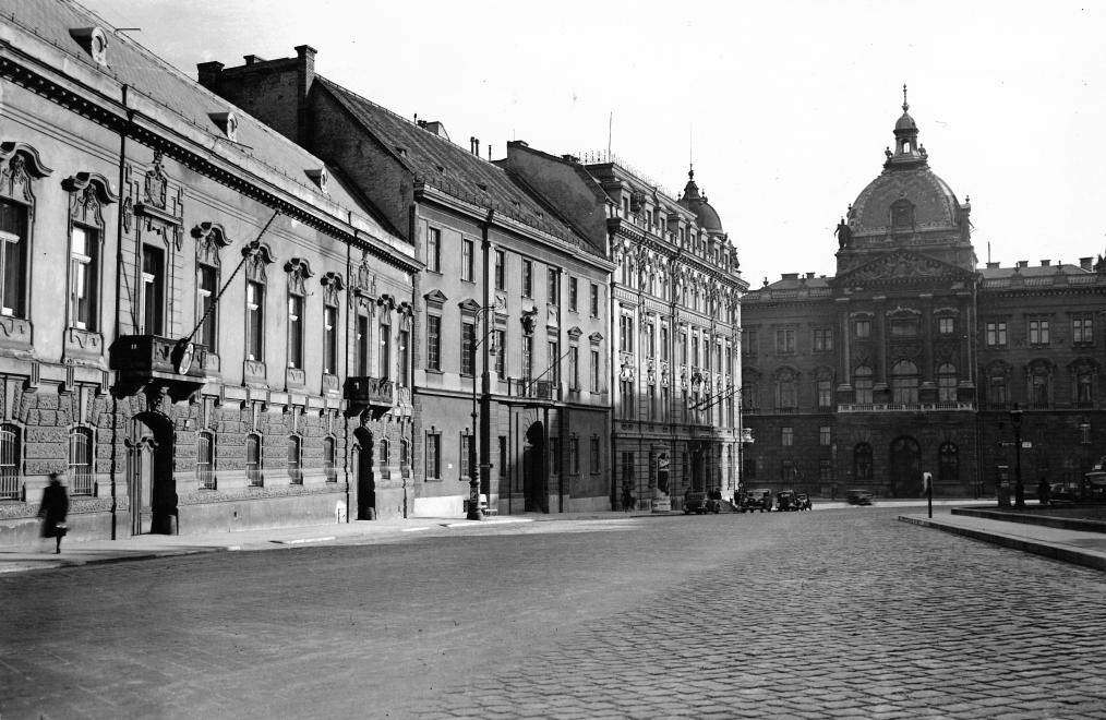 kulugyminiszterium-1943korul-diszter-fortepan_hu-105685.jpg