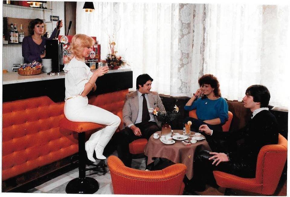 wienhotel-1980asevek-drinkbar-budaimiklosfelvetele.jpg
