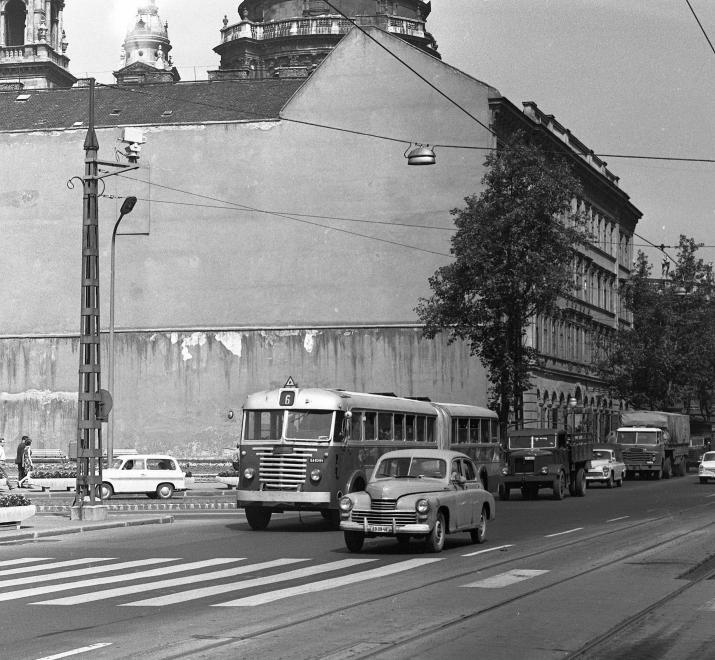 bajcsyirodahaz-1966-fortepan_hu-65427.jpg