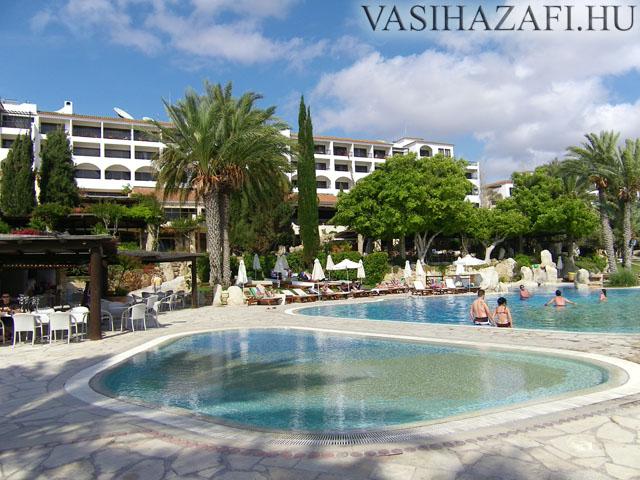 legio-ciprus-hotel1.jpg
