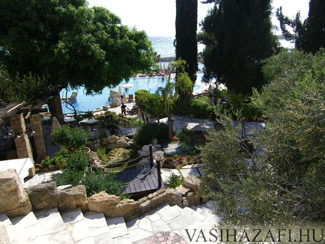 legio-ciprus-hotel2.jpg