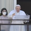 Ferenc pápa üzenete a kórházból