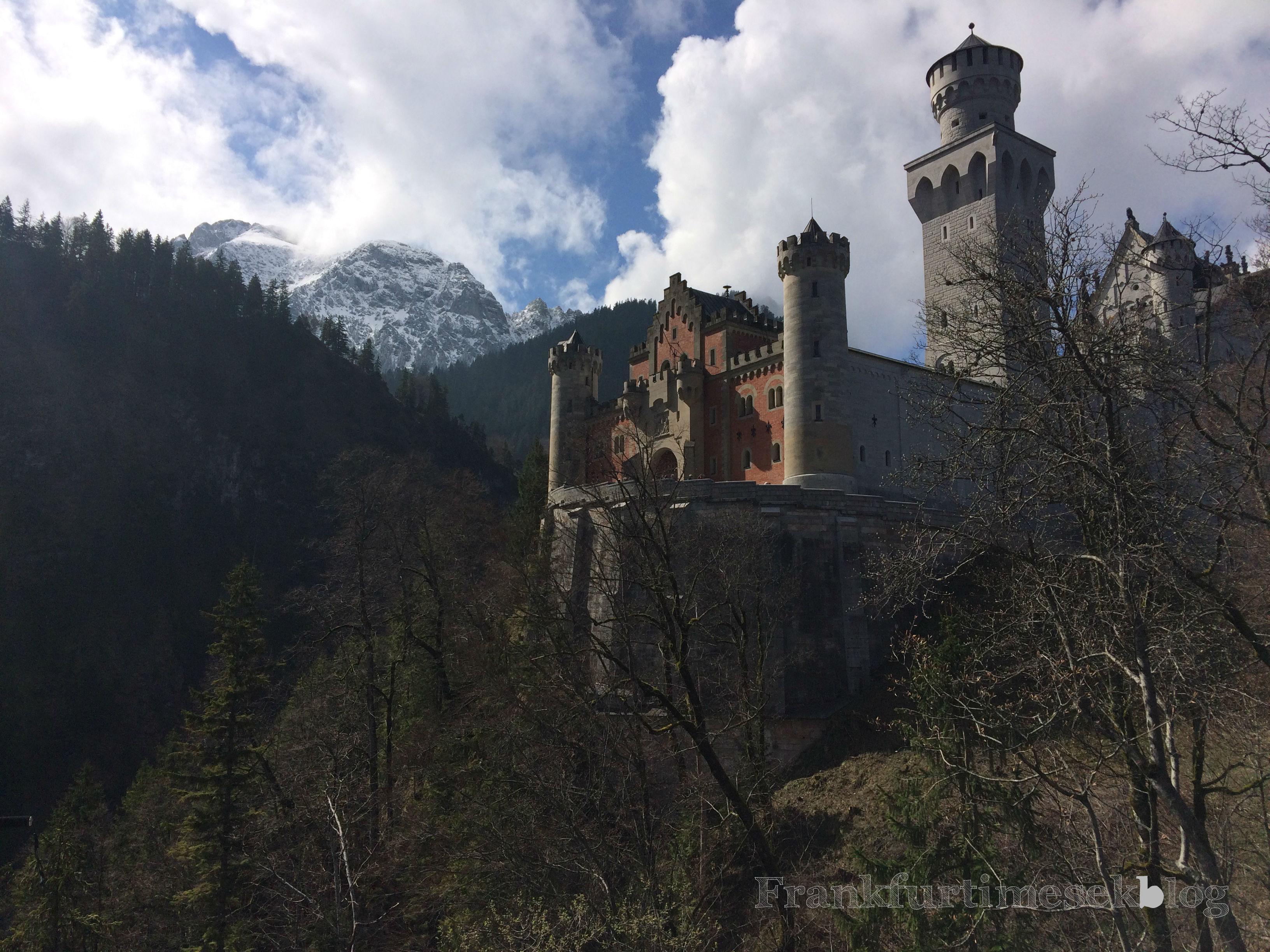 Bajorországi kirándulás - Neuschwanstein kastély és egy kunyhó az erdő közepén