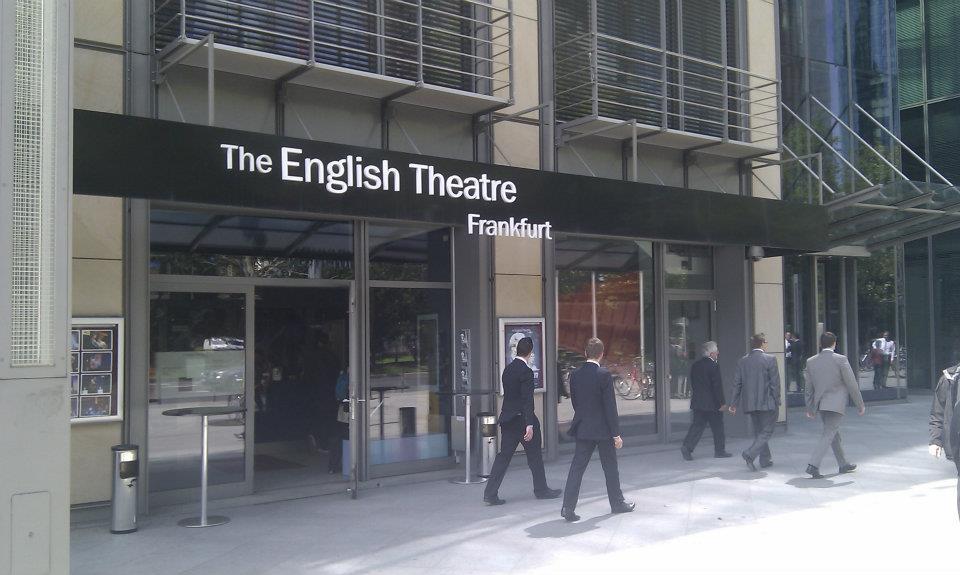 english_theather.jpg