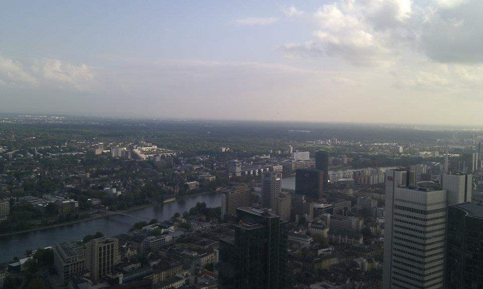 Kilátás a Main Tower-ből