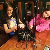 Tízéves kislányok díjnyertes 3D nyomtatót építettek