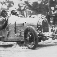 Újjáéledt az 1926-os Bugatti versenyautó