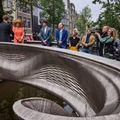 Maxima királyné adta át Amszterdamban a világ első nyomtatott acélhídját