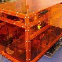 Tíz anyagot nyomtat egy MIT-printer