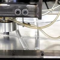 Itt az első olvasztás nélküli 3D nyomtatótechnológia