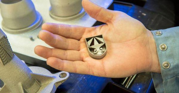 Kiváló minőségű acélötvözettel nyomtat az amerikai hadsereg ... e35d642e83