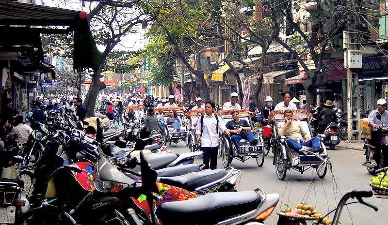 Hanoi utca kép