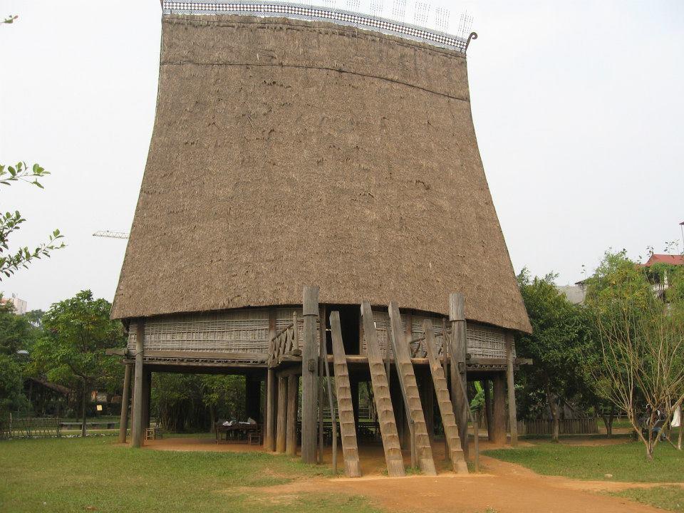 Néprajzi Muzeum, Hosszú Ház, Hanoi
