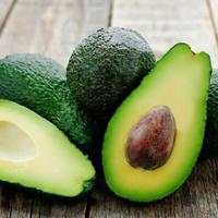 Egy zsírégető saláta a nyári szezonra: avokádó és spárga