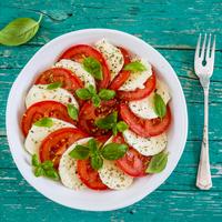 Villámgyors, egészséges és olasz: caprese saláta