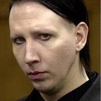 Marilyn Manson és a pin up girls