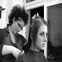 Feltűzés Kristen Stewart után szabadon