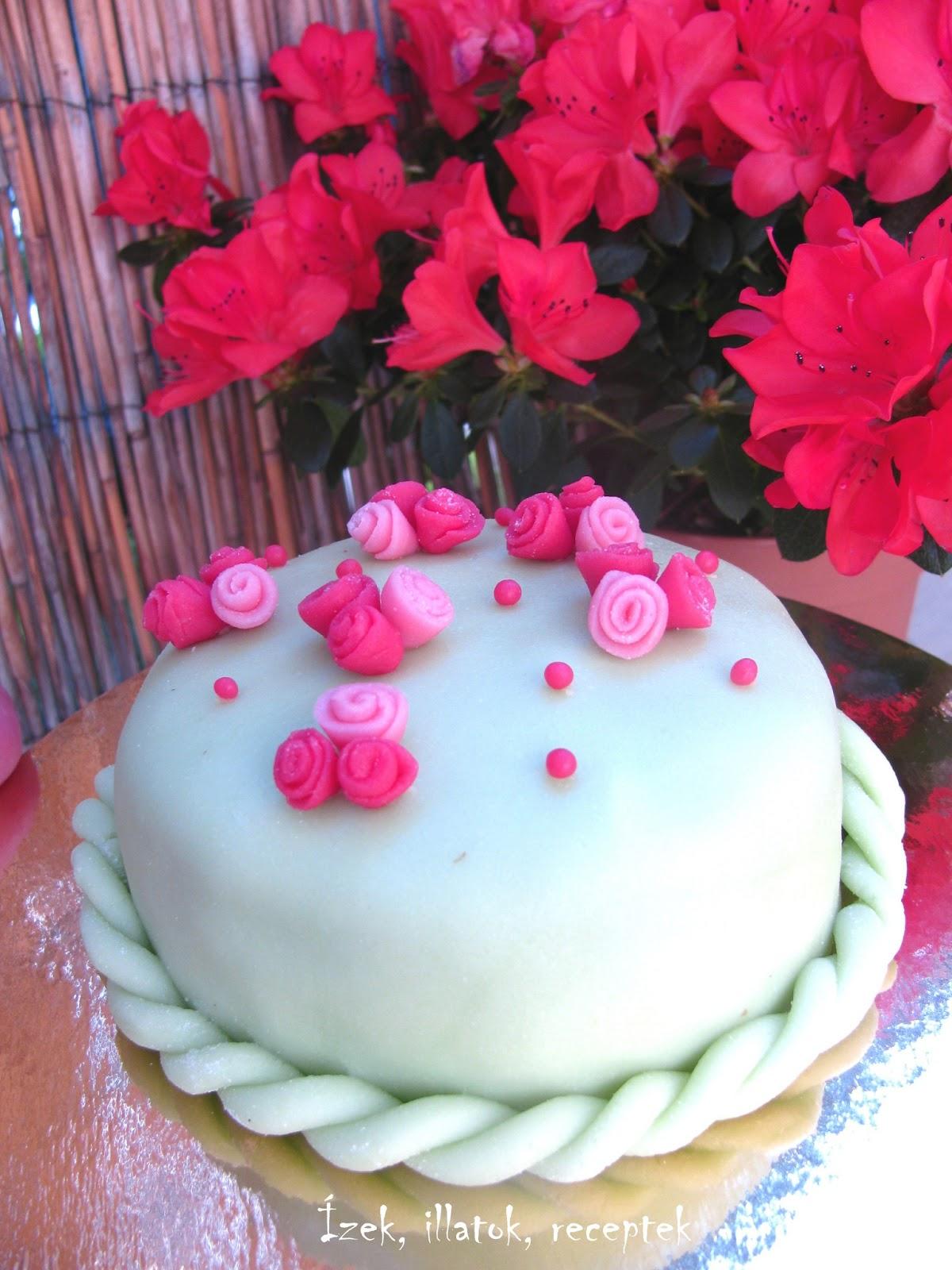 marcipán torta képek Citromkrémes mini torta marcipán bevonattal   fromJuci marcipán torta képek