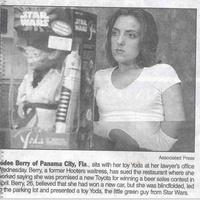 A nő, aki azt hitte Toyotát nyert, de csak egy Yoda-babát kapott :(
