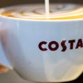 Hogyan reagált a Costa Coffee a gyors ütemű változásokra?