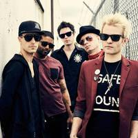 Klip: Sum41 - Out For Blood