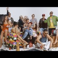 Klip: The Biebers feat. Fura Csé - Dübörög a ház