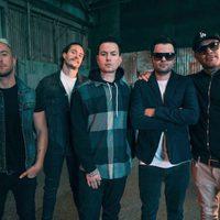Klip: Hollywood Undead - Riot