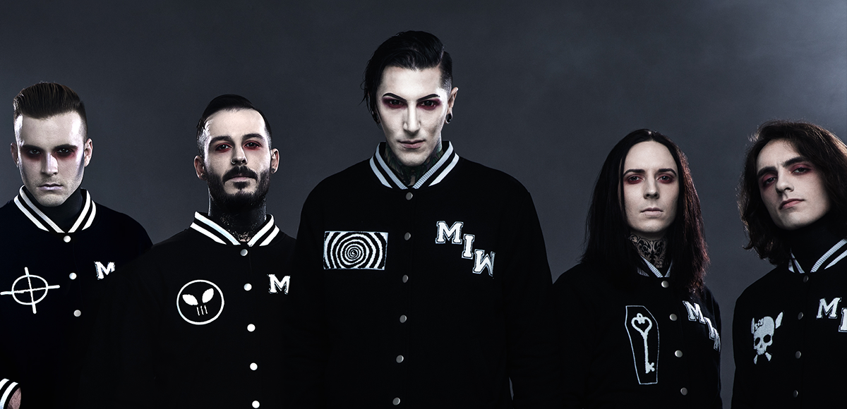 Klip: Motionless In White - Brand New Numb