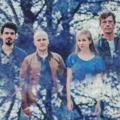 Négyen zenélnek a Harcsa Veronika - Gyémánt Bálint duó lemezén