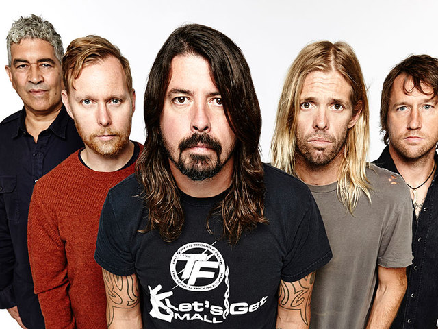 Jön a Szigetre a Foo Fighters