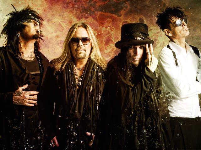 Nem koncertezik, de új dalokat rögzít a Mötley Crüe