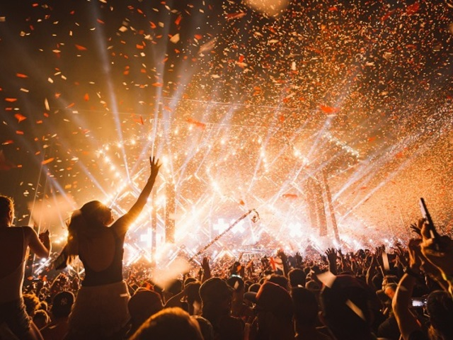 Kötelező visszafizetni az elmaradó koncertek jegyárait