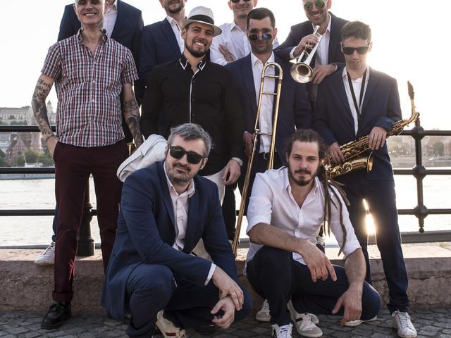 PASO: ezer koncert után szülinapi buli