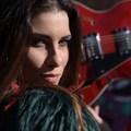 Válogatott röplabdásból lett sokoldalú énekesnő Pádár Alexandra