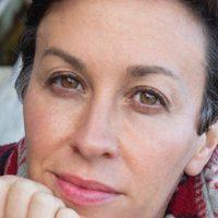 56-os magyar ereklyére büszke Alanis Morissette