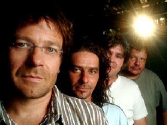 Miként vált az ország vezető zenekarává a Kispál és a Borz?