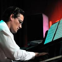 Cseke Gábor koncert lesz a Budapest Music Centerben